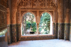 doorkijkje vanuit het Alhambra